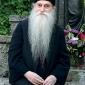 Старец Арсениј Папачок: Страдањето е дар од Бога